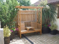Otter Cottage Garden Seating - Barmston Farm Holiday Park